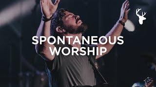 Bethel Music Moment: Spontaneous Worship - Steffany Gretzinger + Josh Baldwin