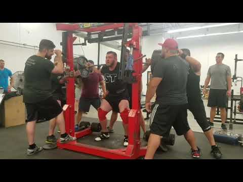 Trevor Myhre - 685 x 3 squat / 515 Bench / 705 x 2 deadlifts