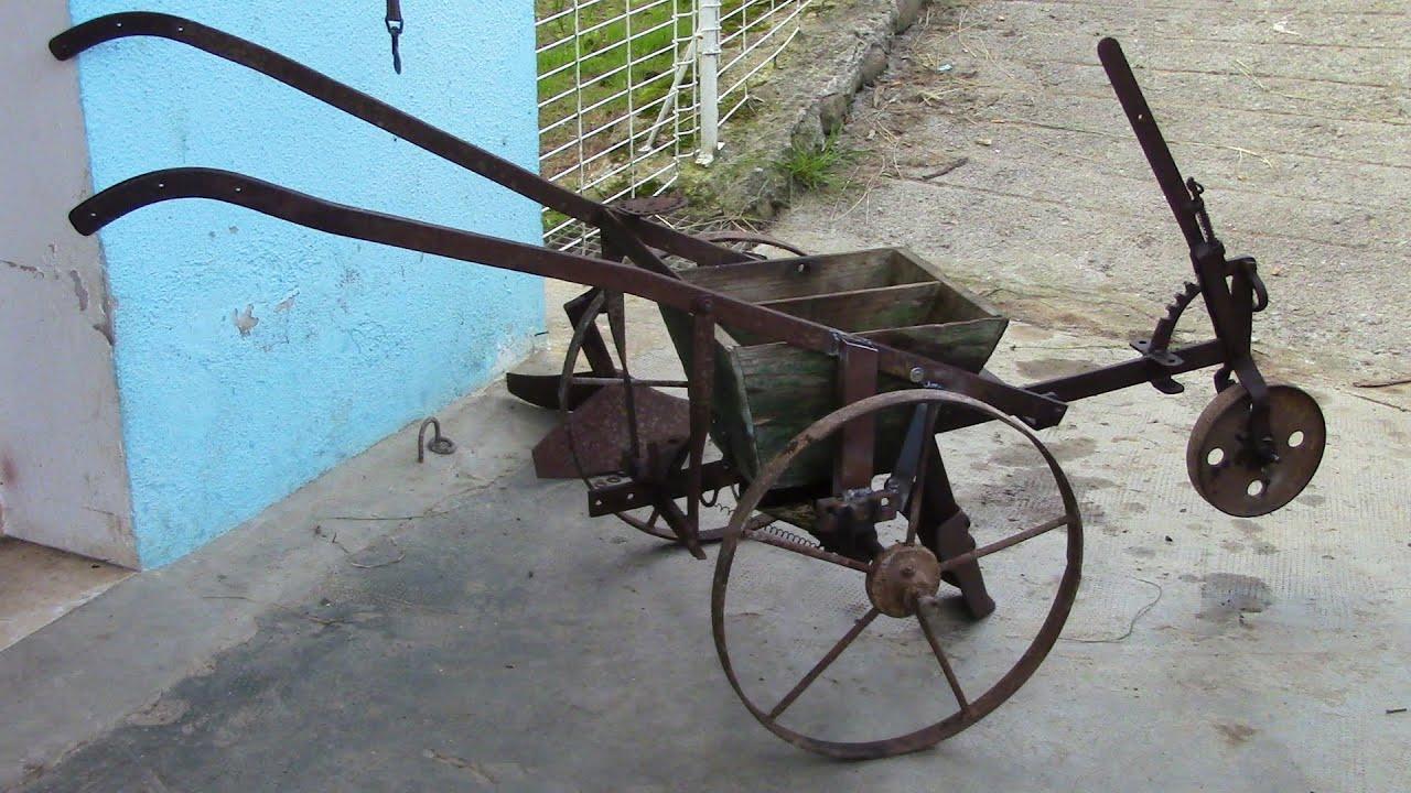 Antigua maquina de sembrar restauraci n 1 parte old - Herramientas de campo antiguas ...