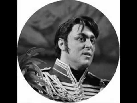 Luciano Pavarotti - Amici miei... Qual destino ( La figlia del reggimento - Gaetano Donizetti )