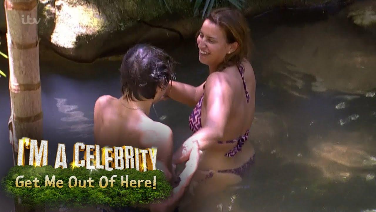 Порно с дикаркоми из джунглей