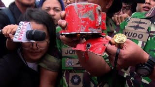 Indonesia recovers second black box from Lion Air crash