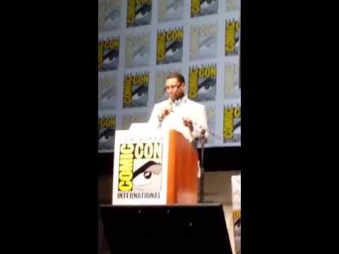 SDCC 2013 Zack Snyder and Harry Lennix - Confirming Batman VS Superman Movie