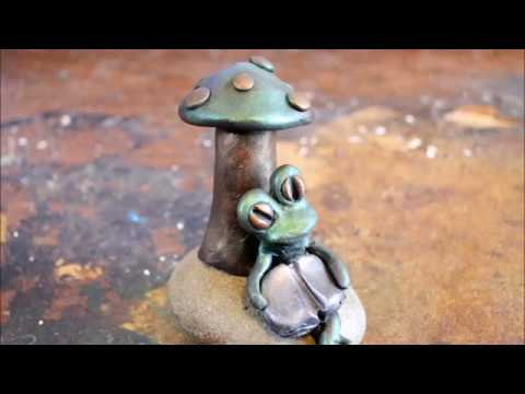 DIY Frog Sculpture In Polymer Clay Tutorial