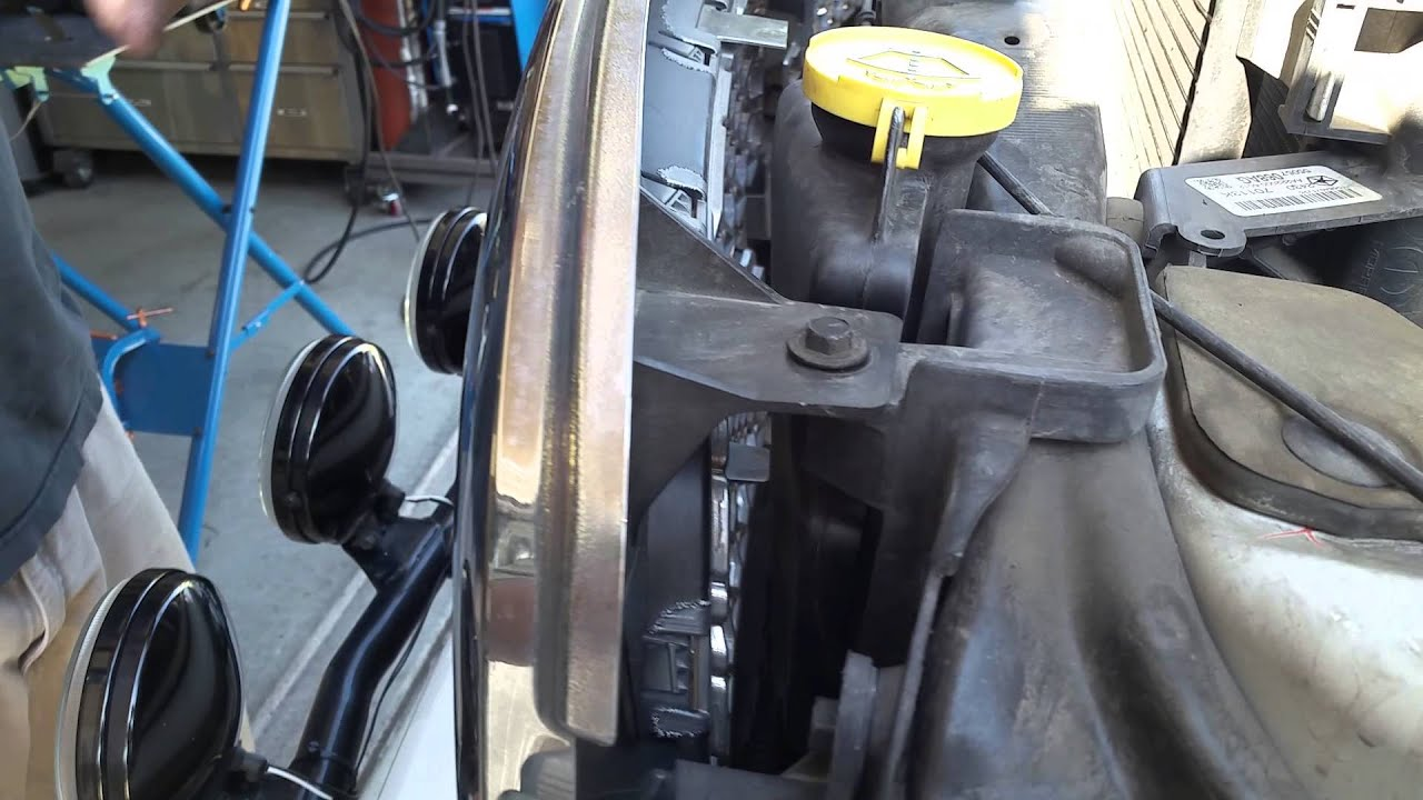 dodge ram 1500 truck 2011 grill replacement horn [ 1280 x 720 Pixel ]