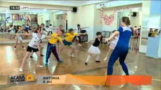Репортаж. Танцы для детей в Кишиневе. Dansuri pentru copii in Chisinau la Riscani.