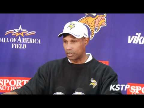 Leslie Frazier, Vikings QBs discuss switch from McNabb to Ponder