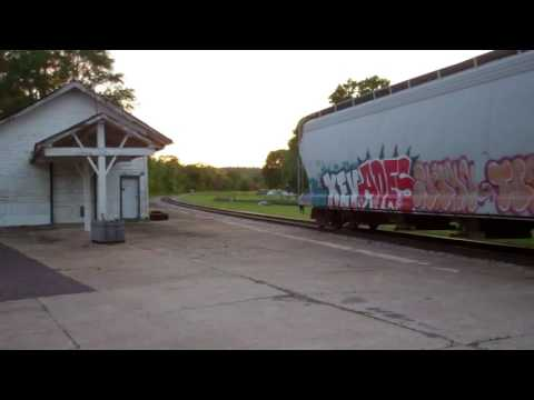 Iowa Interstate CBBI freight in Bureau Junction, IL and Peru, IL 05/14/16