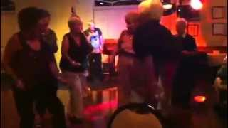 Robert stroke it karaoke strokin song