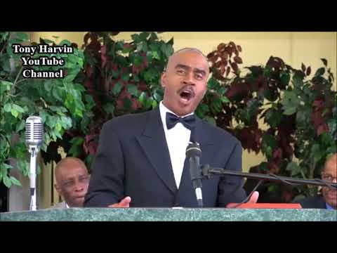 Pastor Gino Jennings Speaks On Jay-Z, Beyonce, & Challenges Rickey Smiley To A Debate 4/1/18