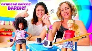 Oyuncak kafemizde oyuncak bebek Barbie! Seçkin bölümleri izle