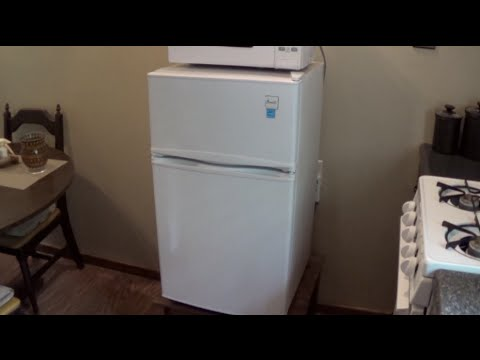 Solar Powered Fridge Freezer