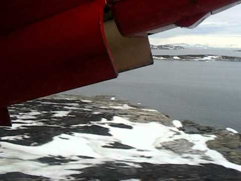 Air Greenland Dash-7 take-off at Aasiaat