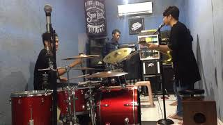 Five Minutes Bertahan Cover by TJG Band