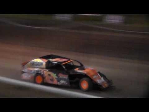 Modified Bmain 1 @ Hancock County Speedway 06/27/17