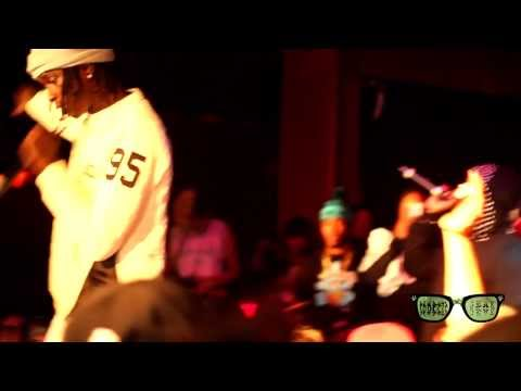 "Young Thug and PeeWee Longway perform ""Loaded"" and more live at #SpoiledMilk Indie Concert"
