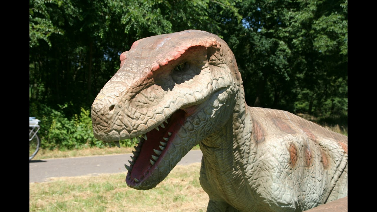 Dinosaurus In Beatrixpark In Schiedam Foto 2018 06 30 Youtube