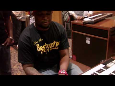 "David ""lil D"" Outting on organ at Rhythm of Gospel Awards 2010!"