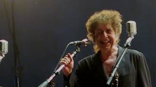 Bob Dylan kills at Desert Trip, Tangled Up In Blue [Stabilised]