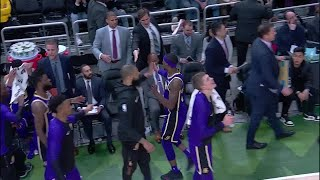 3rd Quarter, One Box Video: Milwaukee Bucks vs. Los Angeles Lakers