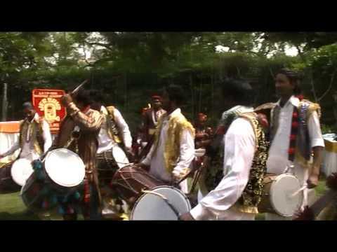 31 Playing Dhol Dhamal