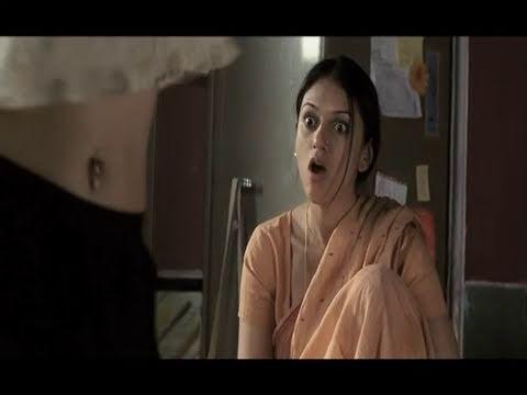 Sonam Kapoor's Navel Piercing - Delhi 6 - YouTube