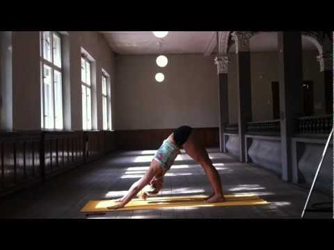 Yoga 5 Minute Practice Sun Salutation A in Ashtanga Yoga