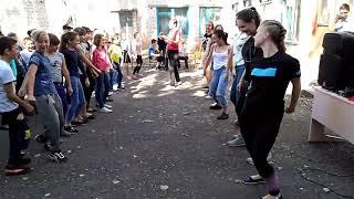 Фестиваль красок холи. Школа 12. Лисичанск