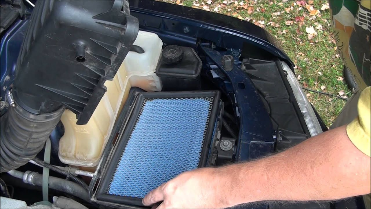 Diy how to replace the air filter on a 2006 chrysler 300 with a 3 5l v6 youtube