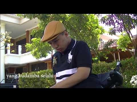 Broey Feat Dewi Yull - Kharisma Cinta (karaoke)