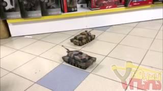 Танковый бой HQ 558 1:24(Радиоуправляемый танковый бой 558 выполнен в масштабе 1:24 и включает в себя два танка, два пульта управления,..., 2014-05-26T19:27:53.000Z)