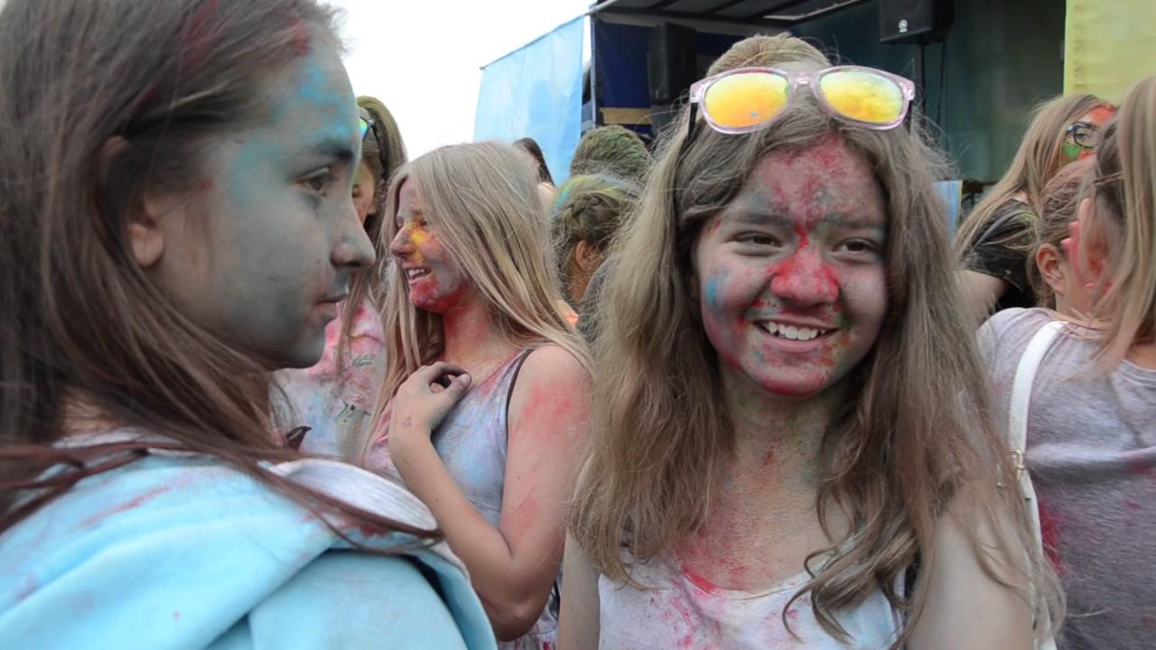 Festiwal kolorów na bulwarze