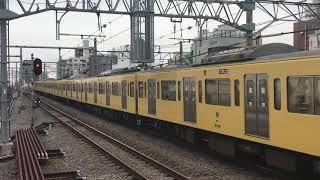 西武新2000系豊島園行き練馬駅到着