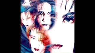 1994年発売のFANATIC◇CRISIS「太陽の虜」より、 「黒い太陽」を、ちょっ...