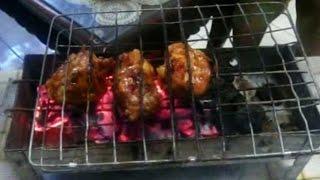 ayam bakar merupakan salah satu hidangan favorit masyarakat dan juga cukup beragam yang salah satunya bumbu pedas seperti video diatas.