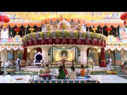 Musical Concerts by Bombay Jayashri & Ayaan Ali Khan for Aradhana Mahotsavam in Prasanthi Nilayam :)