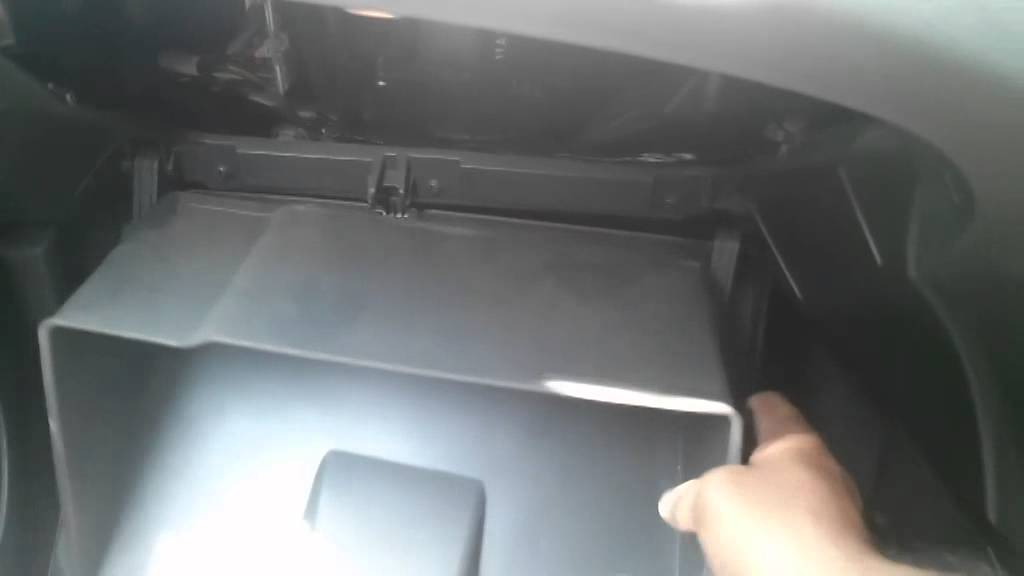 Cabin Air Filter Replacement Chevrolet Beat Youtube