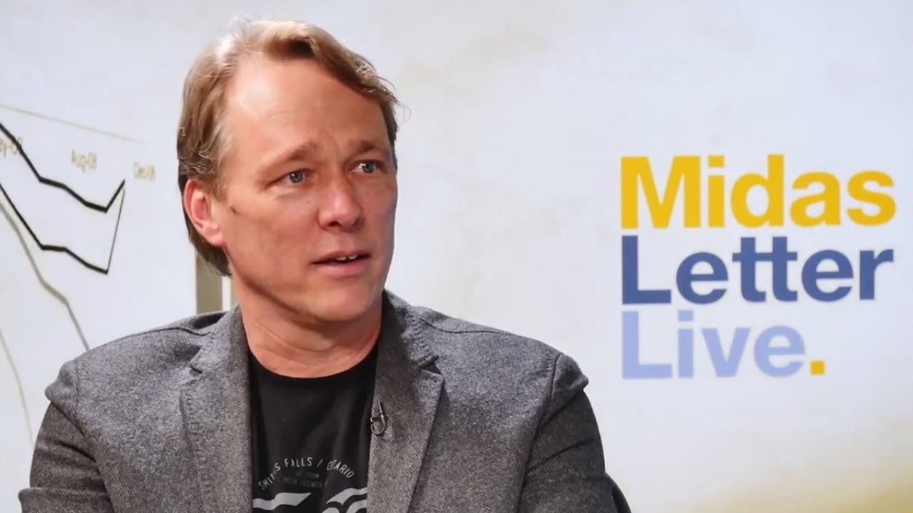 Canopy Growth Corp (TSE:WEED | NYSE:CGC) CEO Bruce Linton ...