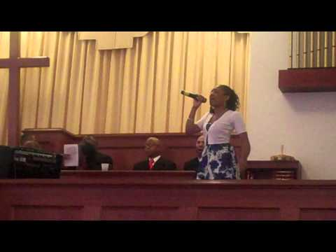 Daughter Sings at Mom's Funeral