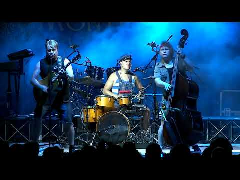 Steve 'n' Seagulls - Over The Hills And Far Away - Gary Moore/Nightwish Cover (live 2019)