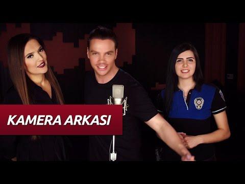Sinan Akçıl feat. Demet Akalın - Polis Yanındadır (Kamera Arkası)