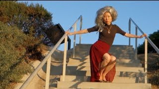 Video FINAL TEASER OF KWOW #100: Granny Bongja gets her groove on! download MP3, 3GP, MP4, WEBM, AVI, FLV November 2017