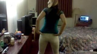 Hailee's booty show
