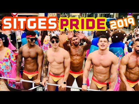 🦜 SITGES GAY PRIDE PARADE 2019 🇪🇸🏳️🌈