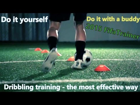 Dribbling training soccer and football: Fast feet, quick touches and great control