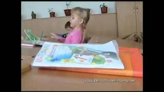 Students and books - Ученики бьют себя (Жесть!)(, 2011-10-27T07:25:01.000Z)