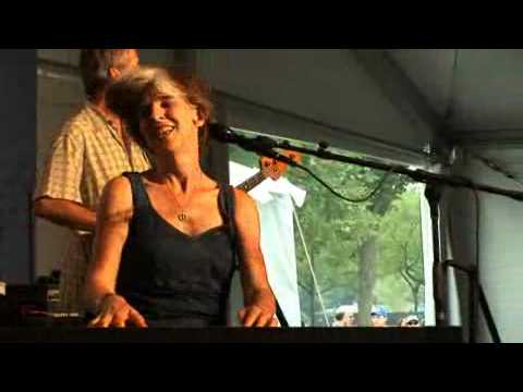 """Blues Singer and Pianist Marcia Ball Performs """"Louella"""""""