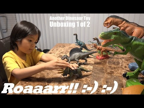 Jurassic Dinosaurs: Hulyan's growing Dinosaur Toy Collection Part 1 of 2