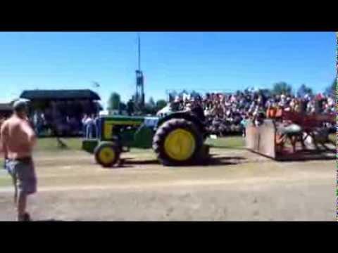 Tires de Tracteurs St-Samuel 2013, Dominic Allard JD 820