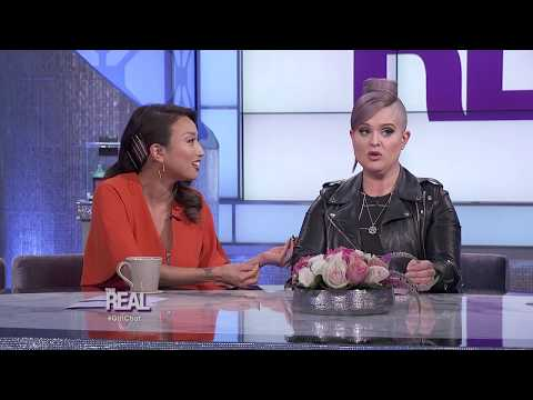 Kelly Osbourne: How My Mom Protected Me from Bullying